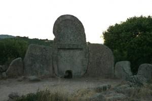 Tombeau de géant